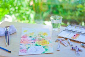 写真家松岡伸一が水彩画家青木美和さんのアトリエに出張して撮影した水彩画の写真