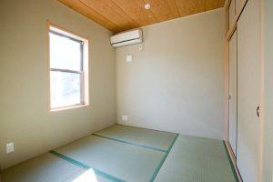 和室の内観写真