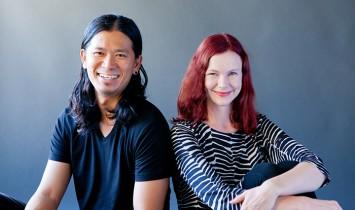 プロカメラマンが横浜の写真スタジオで撮影した企業家夫妻のポートレート