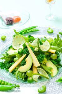 料理写真家が横浜市のキッチンスタジオで撮影したグリーンサラダの写真