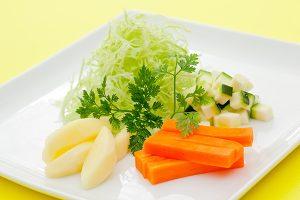 料理写真家がたまプラーザ駅前のキッチンスタジオで撮影した野菜サラダの写真
