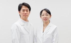 プロカメラマンが横浜のお医者様のポートレートを出張撮影した写真