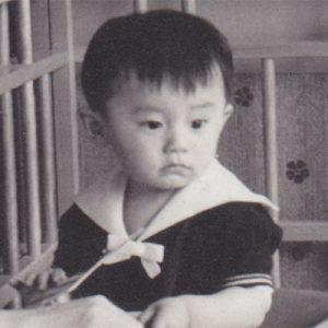 写真家松岡伸一の幼少期の写真
